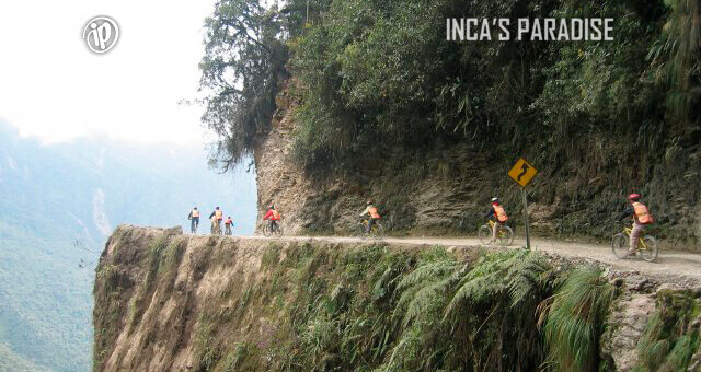 YUNGAS DEATH ROAD BOLIVIA