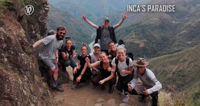 AVENTURA EN EL TREKKING DEL TOUR INCA JUNGLE TRAIL CUSCO