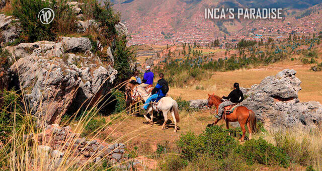 Horse riding en Sacsayhuaman Cusco