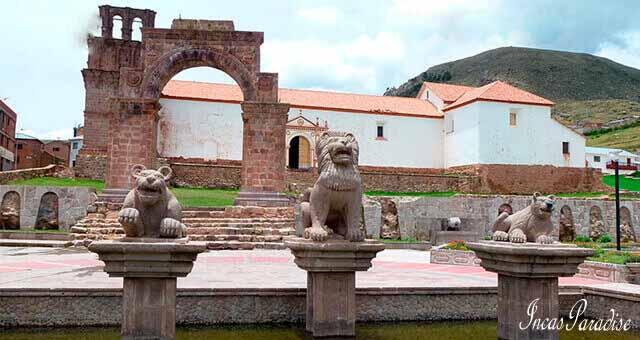 Plaza de Armas de Juli - Chucuito